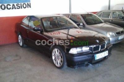 Bmw Serie 3 320i Coupé 2 p. en Malaga