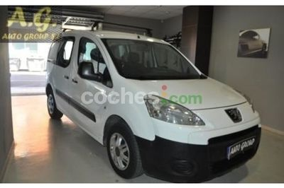 Peugeot Partner Tepee 1.6HDI Outdoor 90 - 5.990 € - coches.com