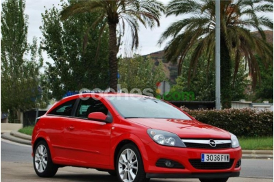 Opel Astra Gtc 1.9cdti Enjoy 3 p. en Barcelona