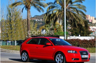 Audi A3 2.0tdi Ambiente 3 p. en Barcelona
