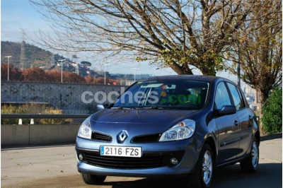 Renault Clio 1.5dci Emotion 85 Eco2 5 p. en Barcelona