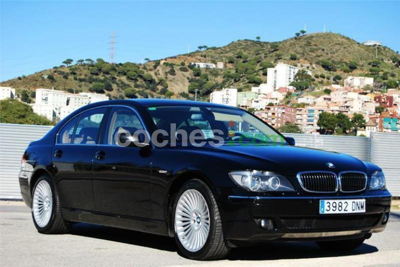 BMW SERIE 7 GASOLINA