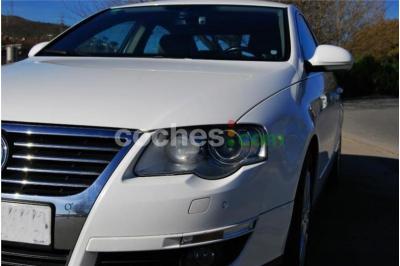 Volkswagen Passat 2.0tdi Sportline 4 p. en Barcelona
