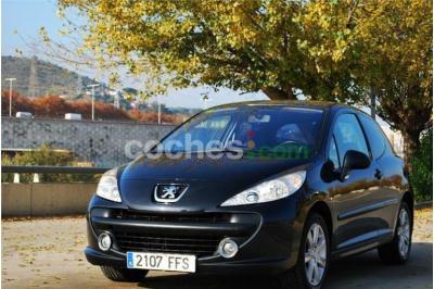 Peugeot 207 1.6i 16v Xs 3 p. en Barcelona