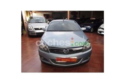 Opel Astra Twin Top 1.9CDTi Enjoy - 5.900 € - coches.com