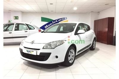 Renault Mégane 1.5dCi Authentique - 8.900 € - coches.com