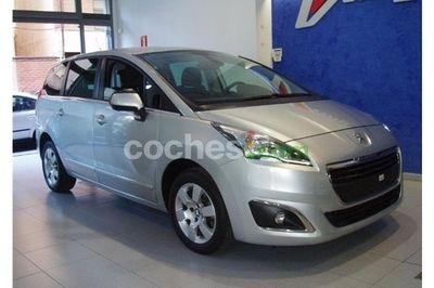 Peugeot 5008 1.6 BlueHDI Allure 7 pl. 120 - 13.900 € - coches.com