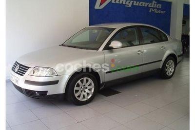 Volkswagen Passat 1.9tdi Comfortline 130 4 p. en Alicante
