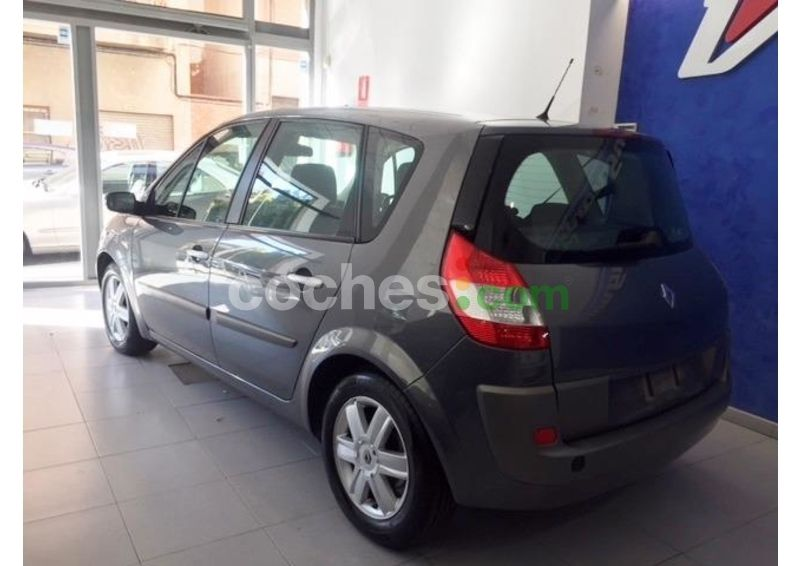 Foto del RENAULT Scénic II 1.9DCI Confort Expression
