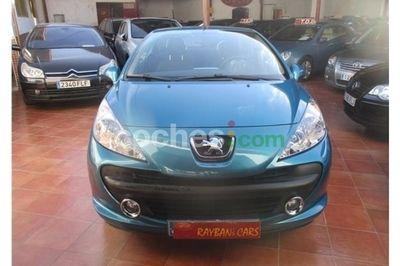 Peugeot 207 CC 1.6 VTi - 4.900 € - coches.com