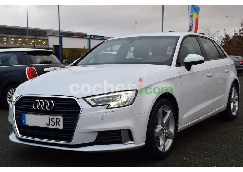 Foto del AUDI A3 Sportback 1.6TDI CD Attraction S-T
