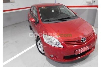 Toyota Auris 1.4d-4d Active 5 p. en Huelva