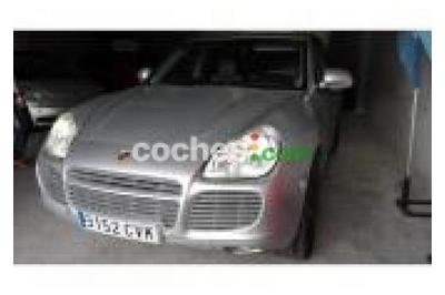 Porsche Cayenne 4.5 Turbo Aut. 5 p. en Granada