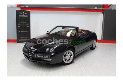 Alfa Romeo Spider 2.0 JTS - 8.500 € - coches.com