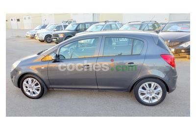 Opel Corsa 1.2 Essentia 5 p. en Cadiz