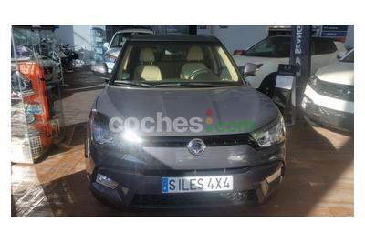 Ssangyong Tivoli D16T Limited 4x2 - 18.100 € - coches.com