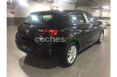 Opel Astra 1.4T Selective - 11.900 € - coches.com