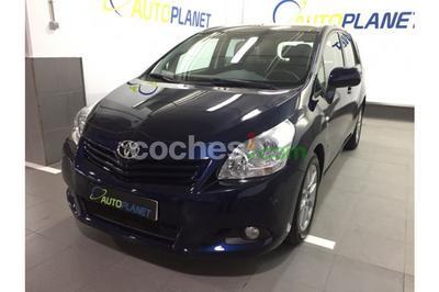 Toyota Corolla Verso 2.2d4d Sol 5 p. en Madrid