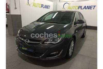 Opel Astra 1.7CDTi Excellence 130 - 10.500 € - coches.com