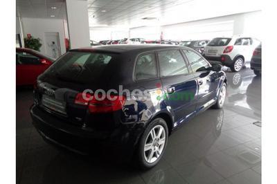 Audi A3 Sportback 1.6TDI Attraction - 11.900 € - coches.com