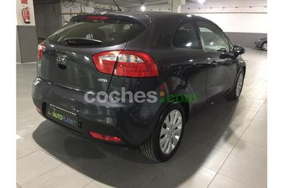 Kia Rio 1.4CRDi Emotion - 8.500 € - coches.com