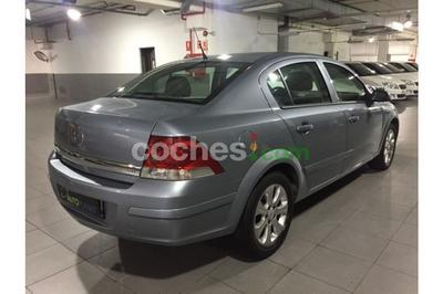 Opel Astra Sedán 1.7CDTi Enjoy - 6.900 € - coches.com