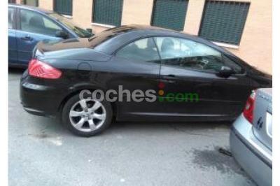 Peugeot 307 CC 1.6 - 3.700 € - coches.com