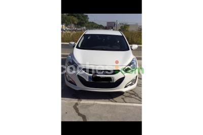Hyundai i40 1.7CRDI GLS Bluedrive Tecno 136 - 9.100 € - coches.com