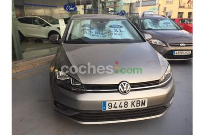 Volkswagen Golf 1.6TDI Business and Navi Edition 85kW - 17.800 € - coches.com