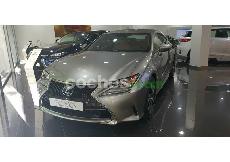 Foto del LEXUS RC 300h Business Navigation