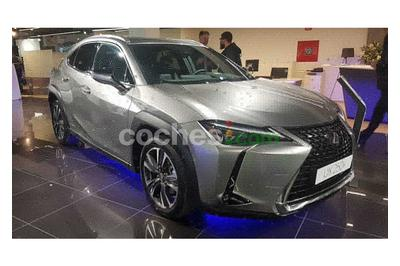 Lexus UX 250h Business 2WD - 35.490 € - coches.com