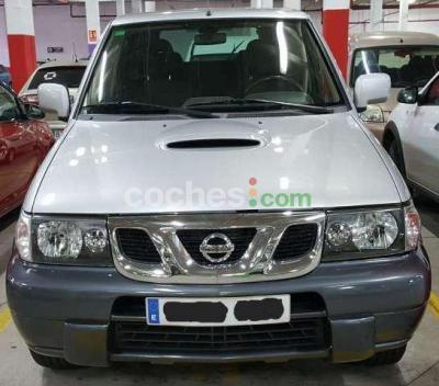 Nissan Terrano 2.7TDI Comfort Plus - 12.000 € - coches.com