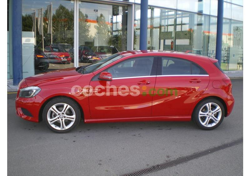 Foto del MERCEDES Clase A A 180CDI BE Style 7G-DCT
