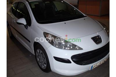Peugeot 207 1.4hdi Confort 3 p. en Barcelona
