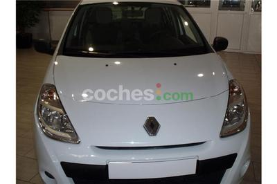 Renault Clio 1.5dci Authentique 5 p. en Barcelona