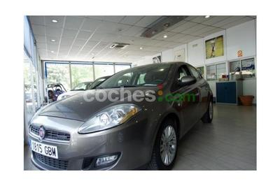 Fiat Bravo 1.9Mjt Emotion 120 - 8.300 € - coches.com