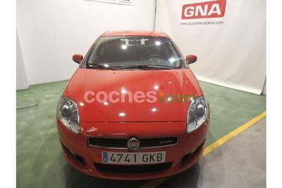Fiat Bravo 1.9Mjt Dynamic 120 - 7.900 € - coches.com