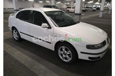 Seat Toledo 1.8i 20v Sport - 3.999 € - coches.com