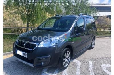 Peugeot Partner Tepee 1.2 PureTech Outdoor 110 - 10.200 € - coches.com